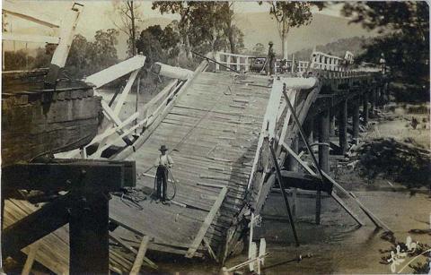 Damaged bridge near Alexandra, 1912