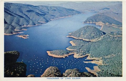 Panorama of Lake Eildon