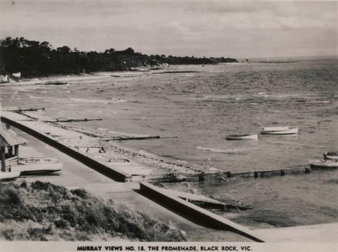 The promenade, Black Rock