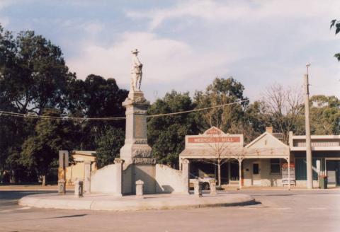 War Memorial, Charlton, 2008