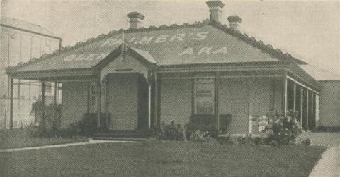 Palmers Glenara Guest House, Lakes Entrance, 1947-48
