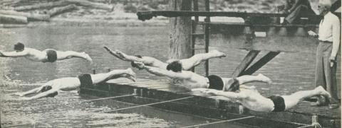 Swimming Carnival, Echuca, 1950
