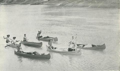 Canoeing on the Murray River, Echuca, 1950