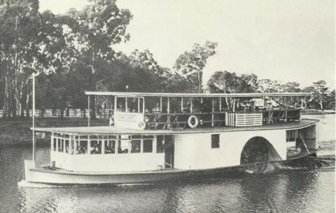 The Paddle Steamer Canberra, Echuca, 1968