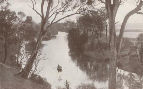 Mitchell River, with Rowing Club sheds, Bairnsdale, 1934