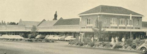 Yallourn Shopping Centre, 1961