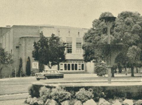Yallourn Theatre, 1961