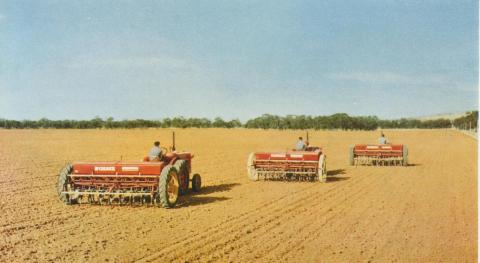 Sowing a wheat crop, Warracknabeal, 1958