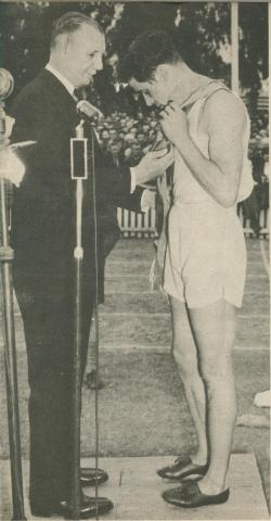 Stawell Gift - the professional sprinter's classic, 1950