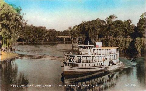 PS Coonawarra approaching the wharves, Echuca, c1950