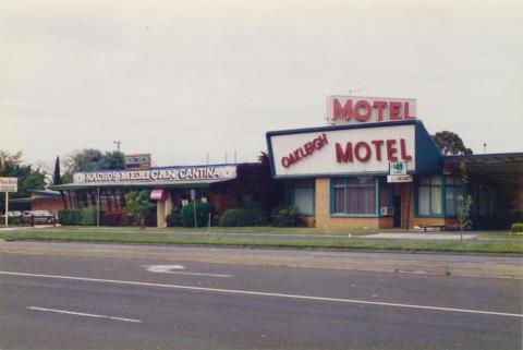 Oakleigh Motel, 1997