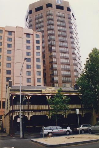 Macs Hotel, Franklin Street, Melbourne, 1998