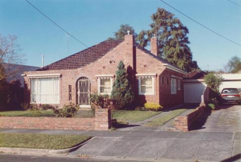 Beauville Street, Murrumbeena, 1998
