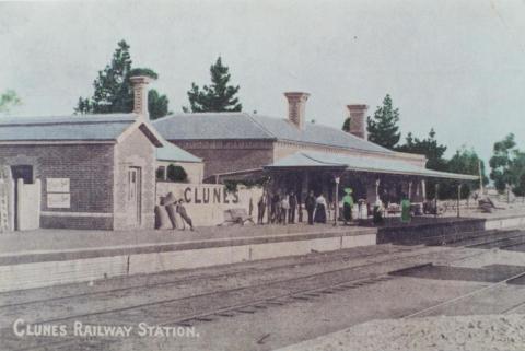 Clunes Railway Station, 1910
