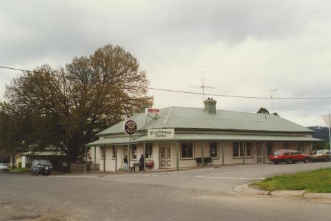 Blackwood Hotel, 2000