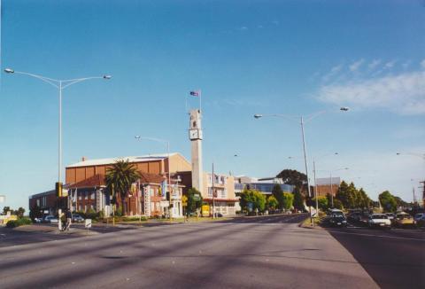 Moorabbin Town Hall, 2000