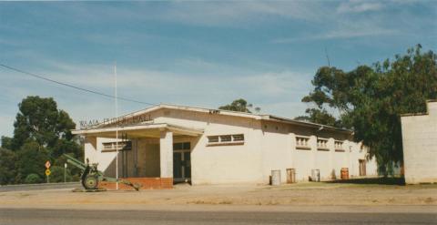 Waaia Public Hall, 2002