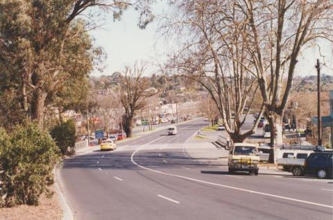 Main Street and Olinda Creek, 2002
