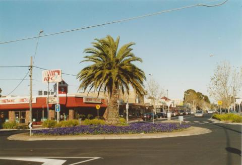 Watton and Bridge Streets, Werribee, 2005