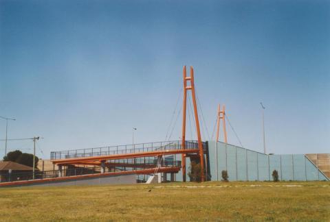 Cameron Avenue bridge, Laverton, 2006