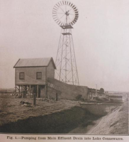 Pumping from main effluent drain into Lake Connewarre, 1913