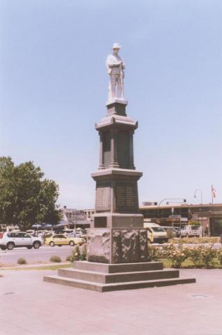 War Memorial, Traralgon, 2010