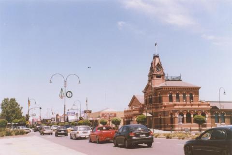 Main Street, Traralgon, 2010
