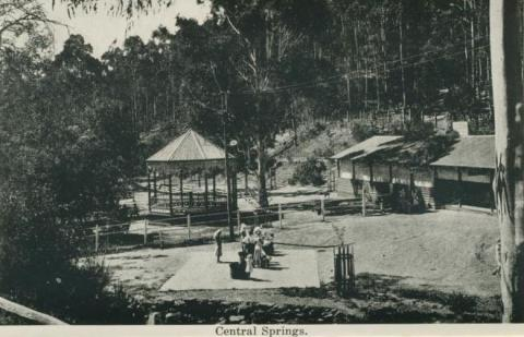Central Springs, Daylesford