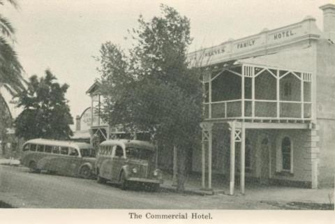 The Commercial Hotel, Echuca, 1955