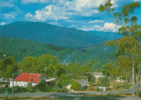 Looking towards Lake Mountain from Marysville, 1986
