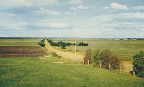 Road to Seaspray, 1975