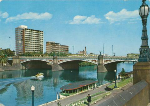 Princes Bridge with Mobil Oil building, Melbourne, 1978