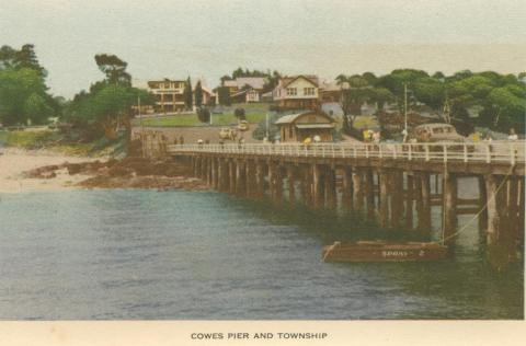 Cowes Pier and Township