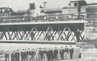 Testing the Moorabool viaduct in 1894