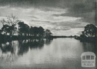 The Glengarry (Latrobe) River, Sale, 1938