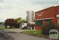 Wallace dairy, 2000