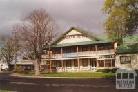 Ballan Hotel, 2000