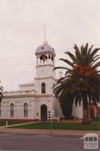 Inglewood borough hall, 2001