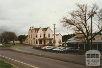 Buninyong Crown Hotel, 2002