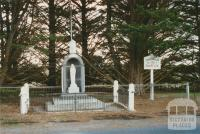 Snake Valley war memorial, 2002