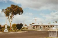 Macarthur, 2002