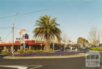 Watton and Bridge Streets, Werribee, 2005