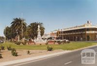 Victoria and Nelson Streets, Nhill, 2007