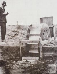 Water wheel and box, Tresco, 1930