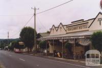 Railway Hotel, Linton, 2011