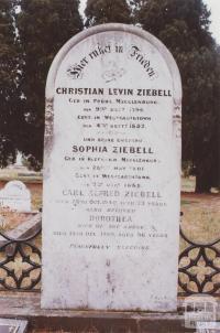Cemetery, Thomastown, 2012