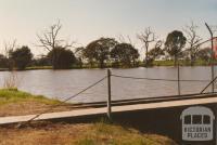 Wimmera River, Horsham, 1980