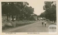 Main road, Emerald, 1945