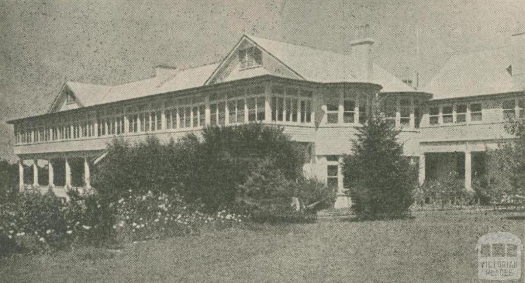 Golf House Country Hostel, Mount Macedon, 1947-48