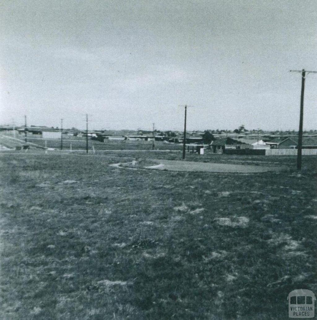 Housing estate, Kambara Drive, Mulgrave, 1972